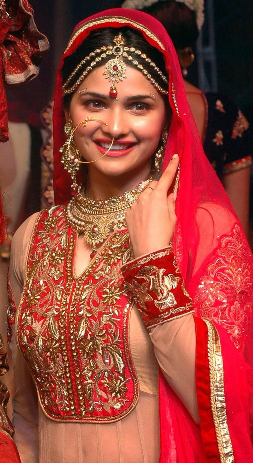 ... Suit at Fashion Show in Kolkata | Stylish Designer Sarees,Lehengas