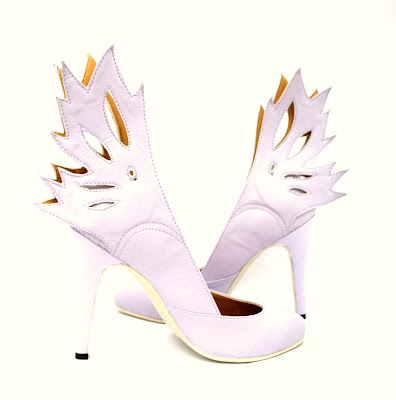 Sala Chaussures Titania Fairy Winged lilac color high heeled pumps