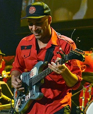 http://www.guitarcoast.com/2008/02/tom-morello-profile.html