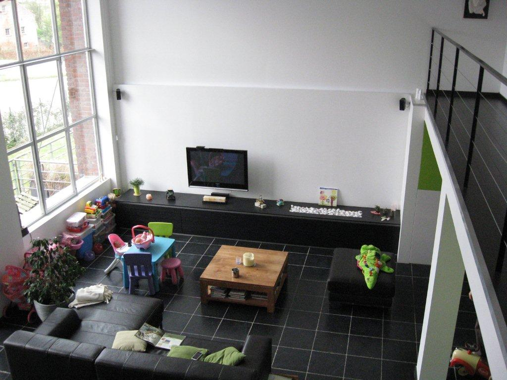 sst... hier werkt de huisfluisteraar...: Een loft in Oudenaarde...