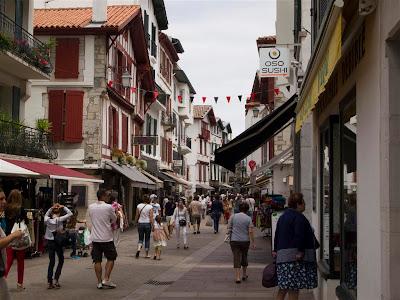 Rue Gambetta en San Juan de Luz