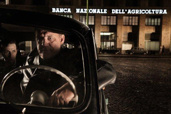Romanzo di una strage il trailer del film sulla strage di - Pinelli una finestra sulla strage ...