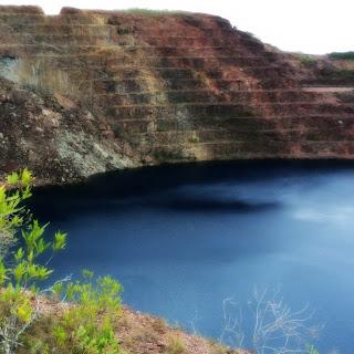 Na Mina a Céu Aberto, em Minas do Camaquã, formou-se um Lago