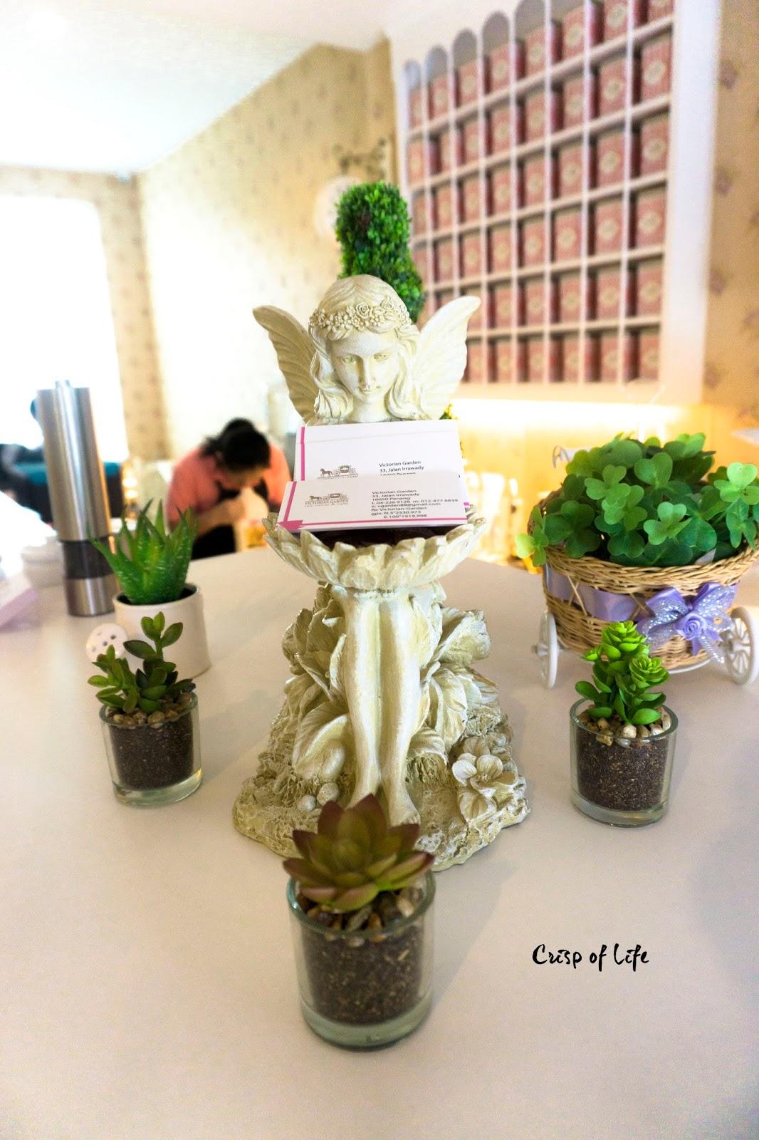Victorian garden tea room cafe jalan irrawady penang for Victorian garden room