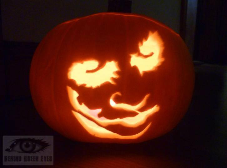 Behind Green Eyes: Pumpkin Carving - Mickey and Minnie Mouse