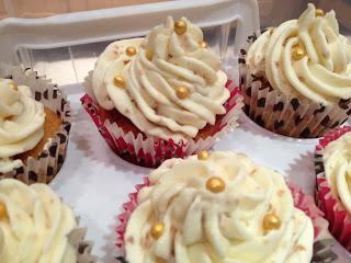 Honeycomb Fudge Cupcakes