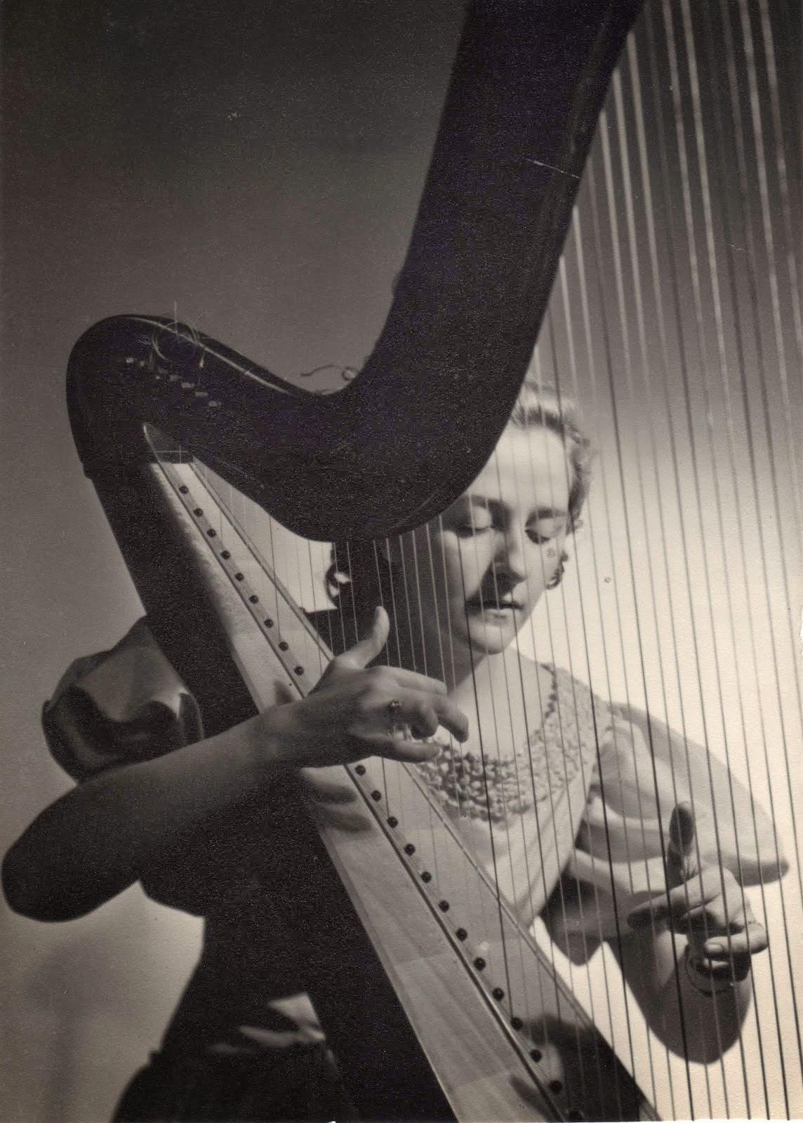 ROSA BALCELLS (1914-1997)