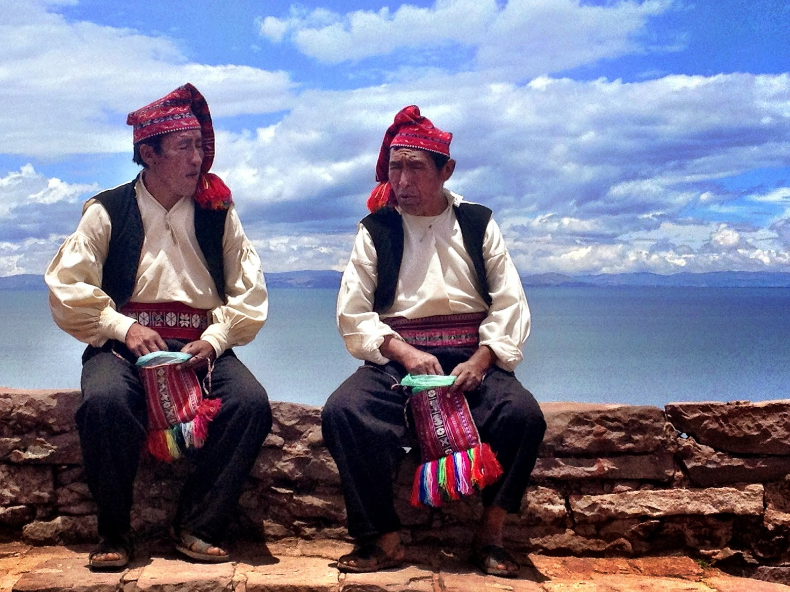 Taquileños men and their colourful woollen hats - Taquile Island