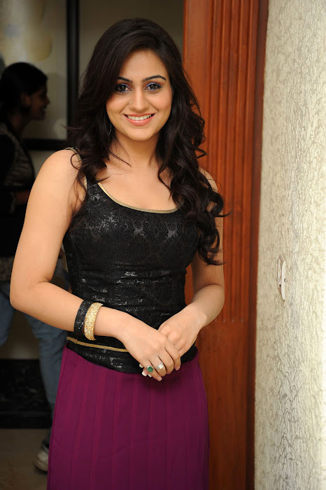 aksha ,aksha ,aksha shoot actress pics