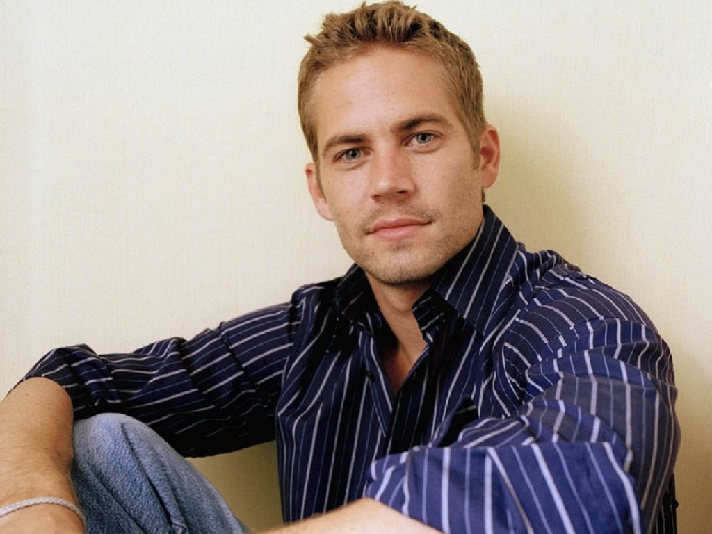 http://3.bp.blogspot.com/-OjWwTsPoSPc/UE7QwHAxvXI/AAAAAAAAARY/PXEehCEkk0U/s1600/Paul-Walker-Wallpaper-paul-walker.jpg