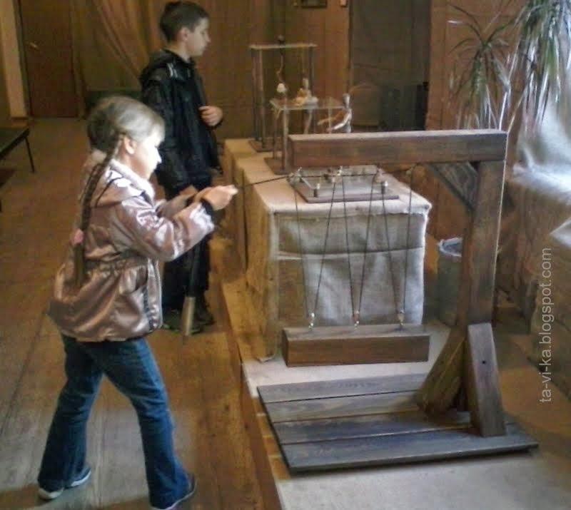 Выставка механизмов Леонардо да Винчи в Симферополе
