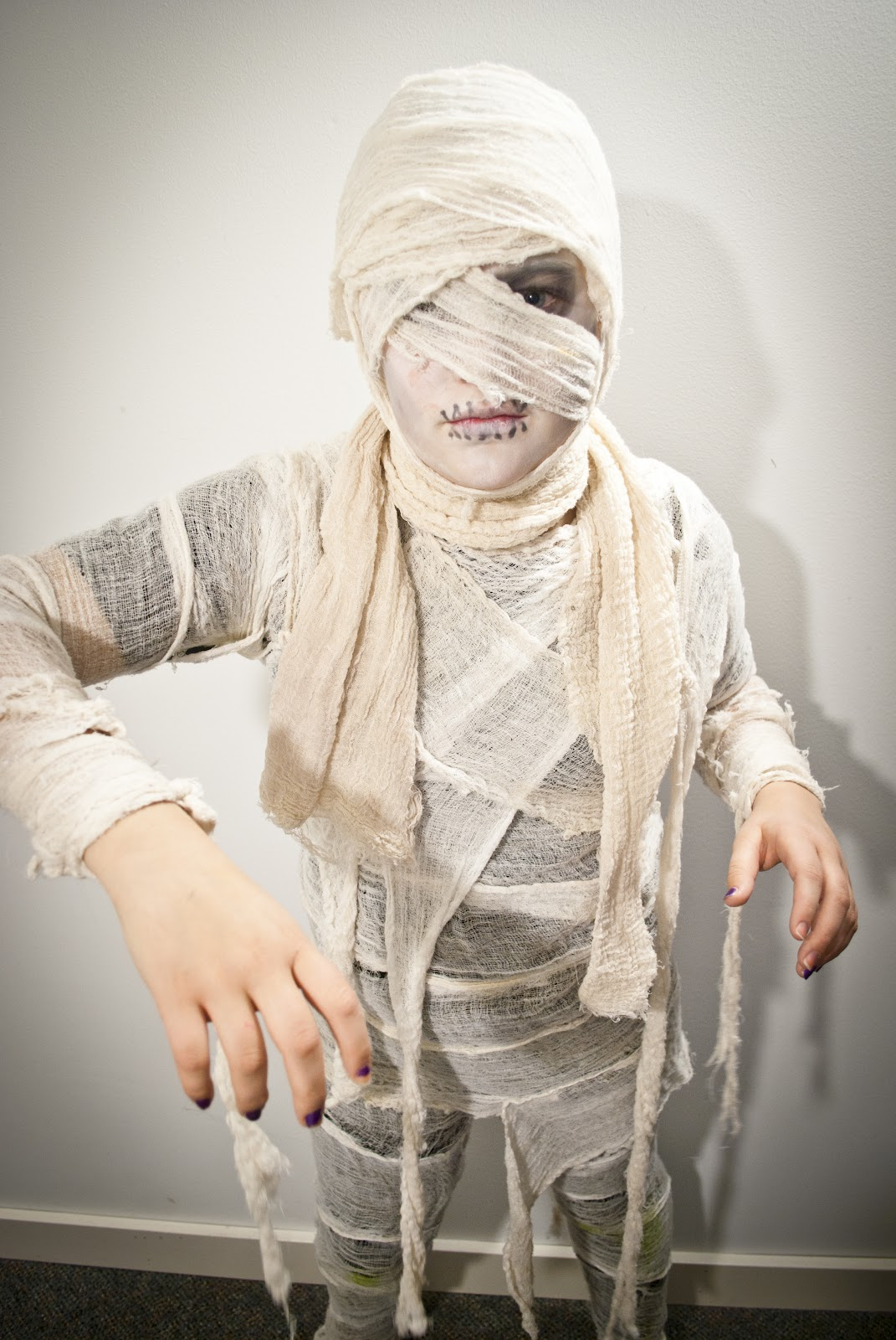 How To Be A Mummy For Halloween