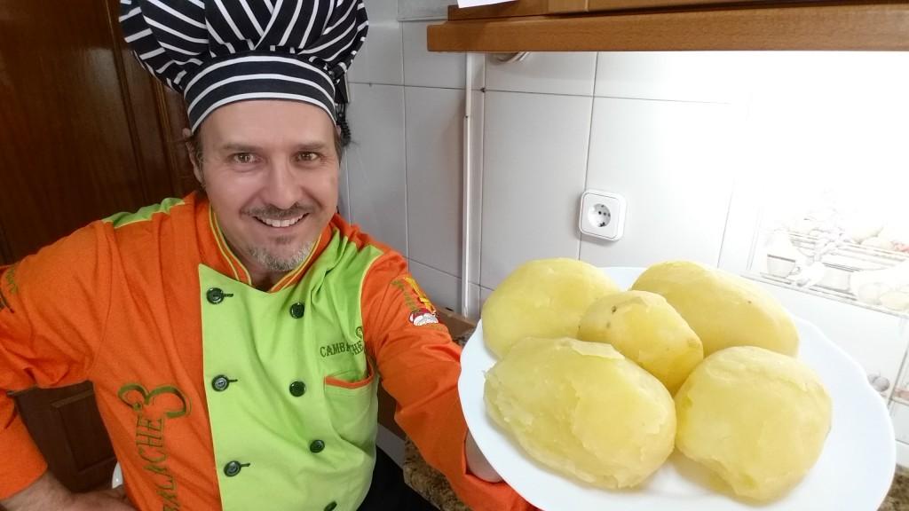 Como cocer pelar y conservar las patatas trucos y - Tiempo de cocer patatas ...