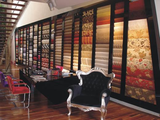 Speziale local en palermo soho buenos aires muebles y for Sillones modernos buenos aires