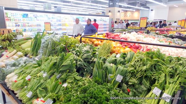 Merkado Supermarket In UP Town Center