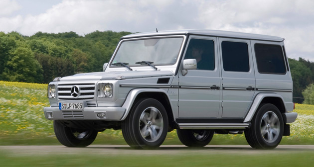 Sports car mercedes g class jeep for Mercedes benz suv 2009