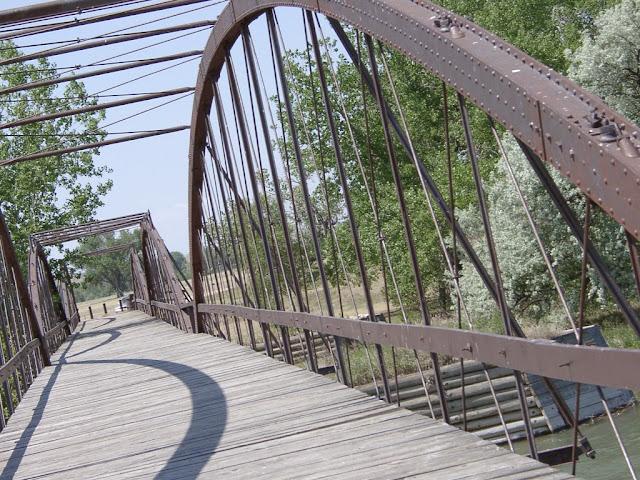 Ένα τυχαίο ατύχημα πάνω στο γεφυράκι