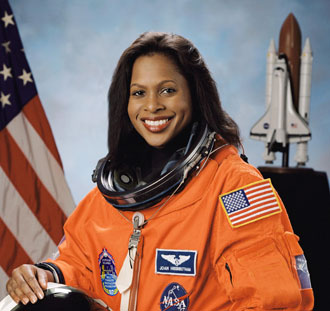 joan the astronaut - photo #11