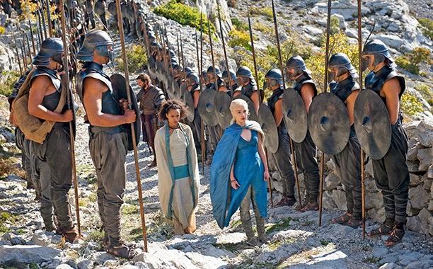 Daenerys, missandei y los inmaculados - Juego de Tronos en los siete reinos
