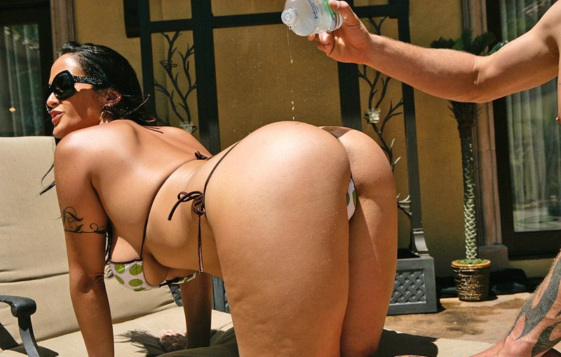 Carmella Bing Drillerd Asshole And Pussy Near Pool