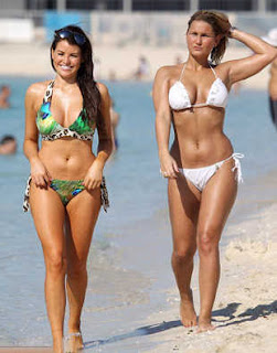 Celebrities Beach, Celebrities Pics