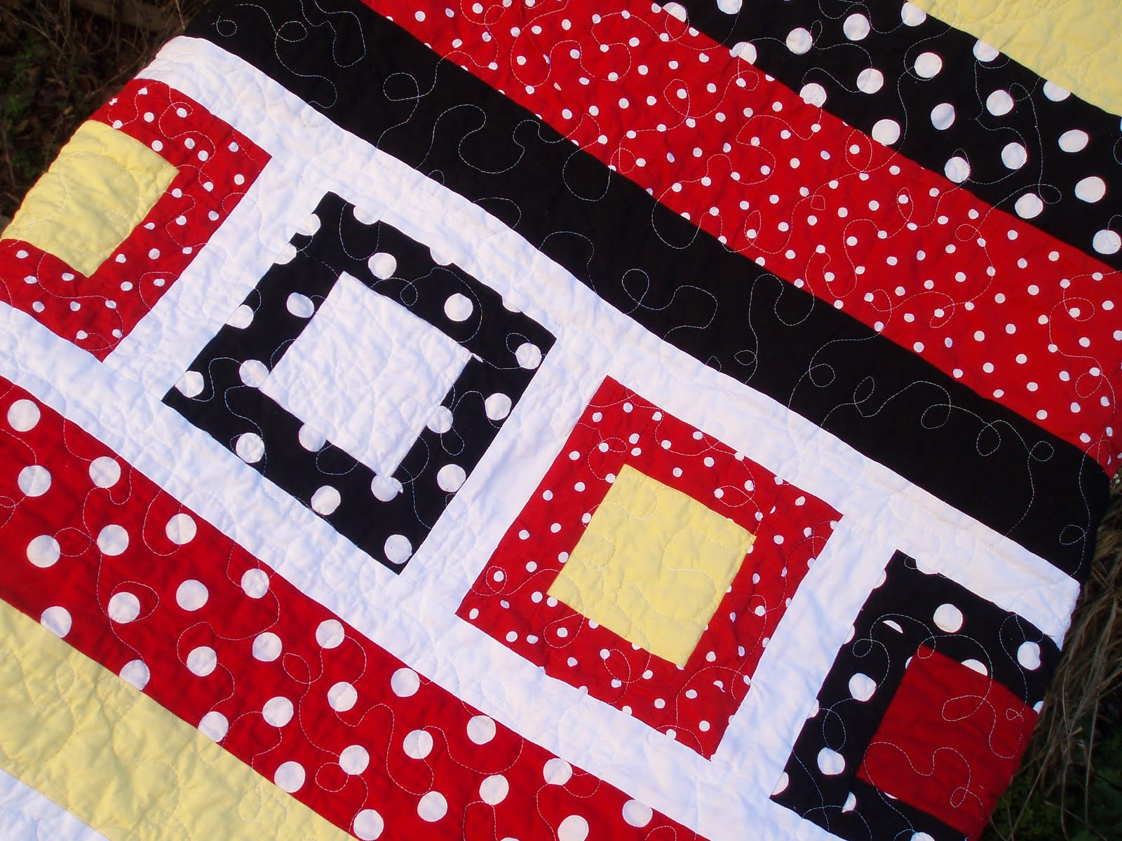 Quilt Story: Disney inspired quilt from Nina... : disney quilts - Adamdwight.com