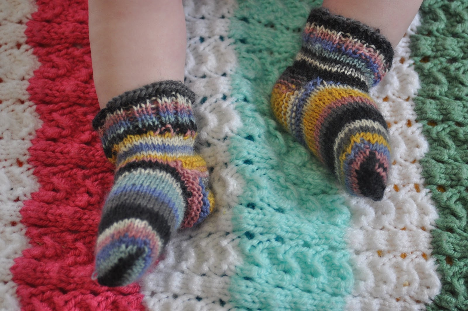 Knitting Baby Socks : The knitty gritty homestead third anniversary giveaway