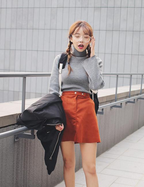 Tab Closed Mini A-Line Skirt