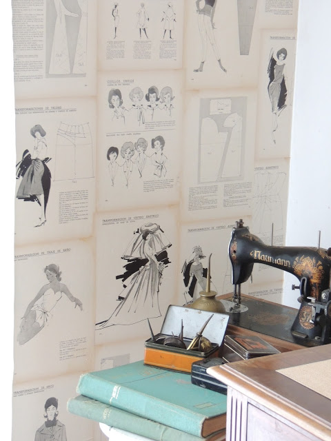Fabulous fashion themed book page wallpaper by Cups and Saucers, featured on I Love That Junk. This wall is truly beautiful!