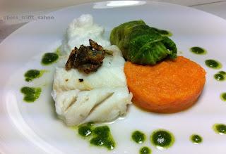 Skrei gedämpft mit Karotten, Wirsing und Petersilie | Obers trifft Sahne by Petra Hermann