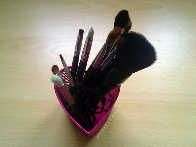 makeup brushes elf no7 eyeshadow blending shading brush eyeliner brush