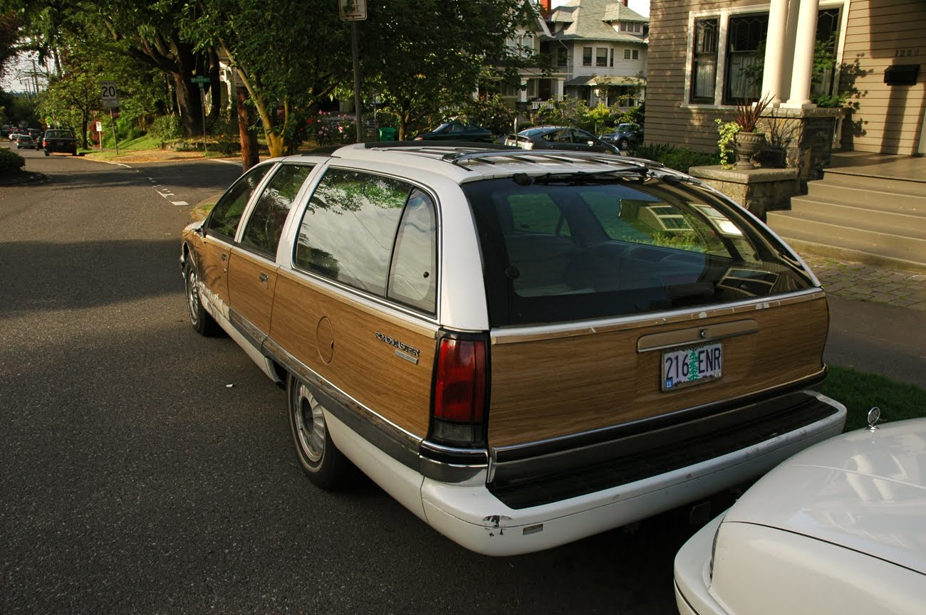 Buick Roadmaster Woody Wagon Pictures