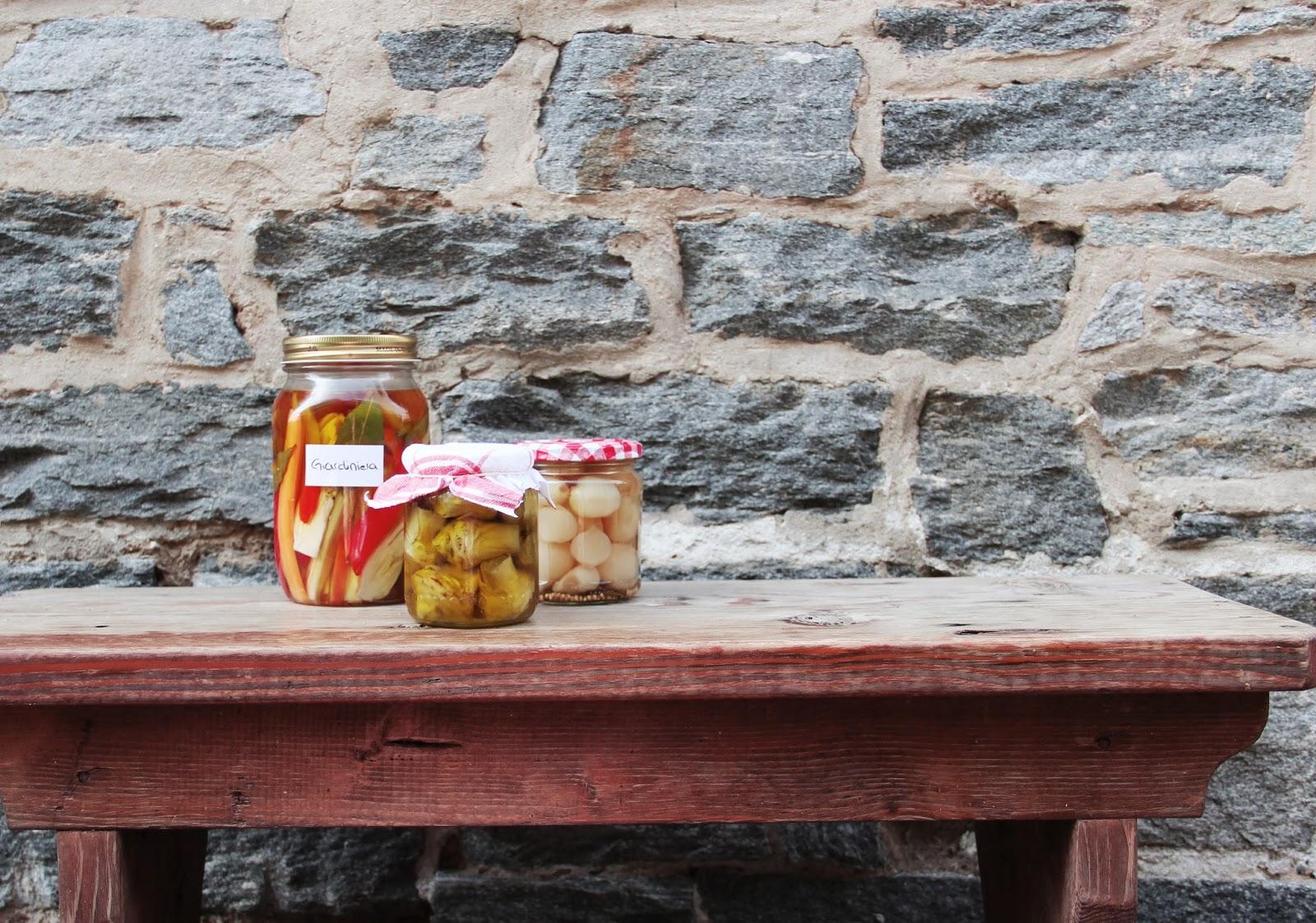 giardiniera - italian pickled vegetablesItalian Pickled Vegetables