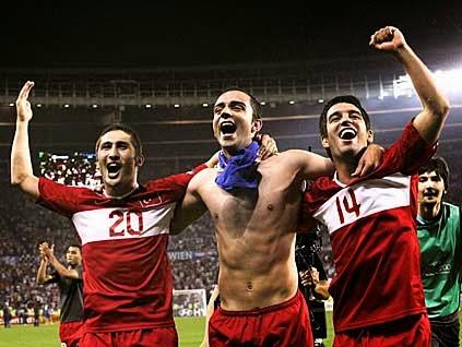 Futbol Erotizmi - Seksi Türk ve Yabancı Futbolcular: Semih