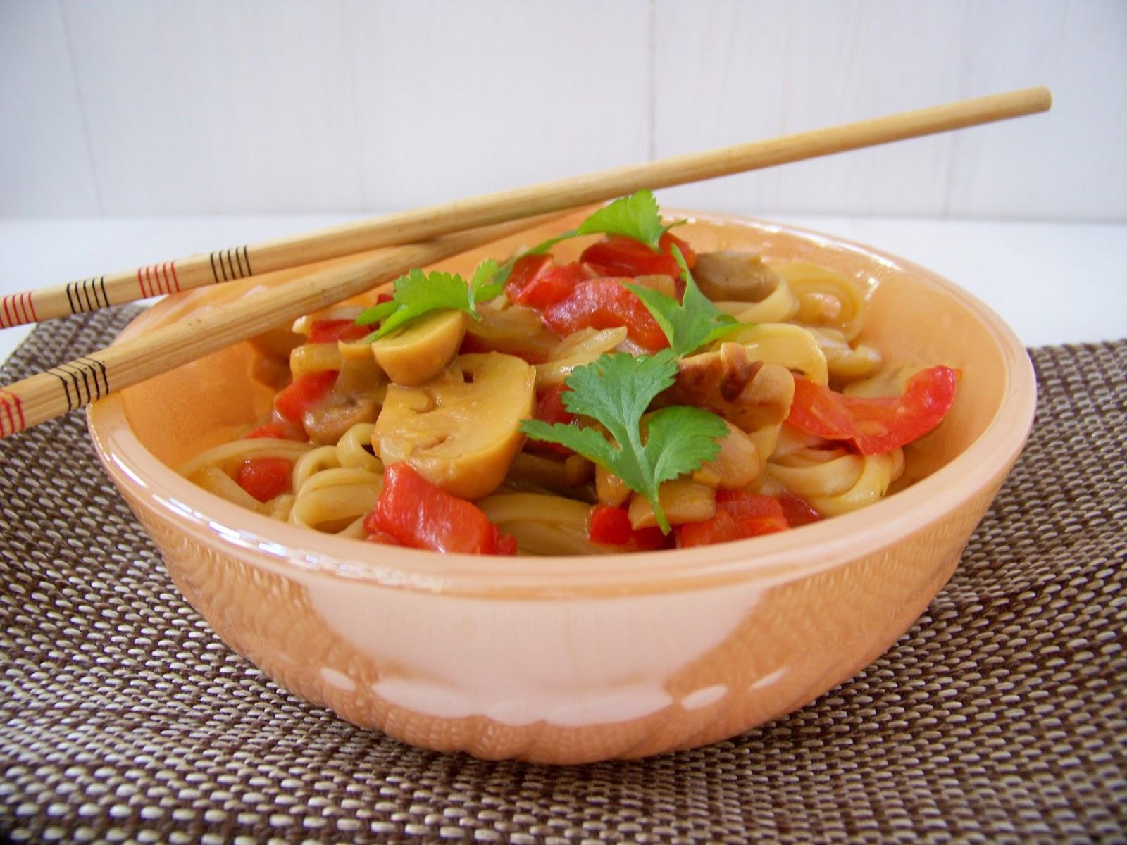 Come Y Disfruta Tallarines Tom Yam Cocina Tailandesa