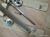 Cómo ajustar la posición de la sierra caladora. Enredandonogaraxe.com
