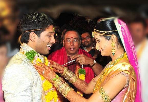 Movie News Allu Arjun Weds Sneha Reddy Video