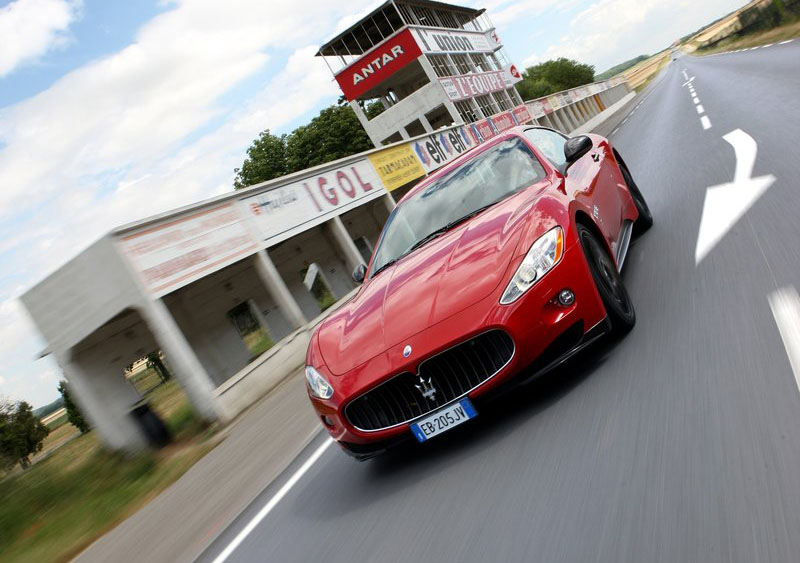 classic automotives car colector car insurance old cars maserati granturismo s automatic 2010. Black Bedroom Furniture Sets. Home Design Ideas
