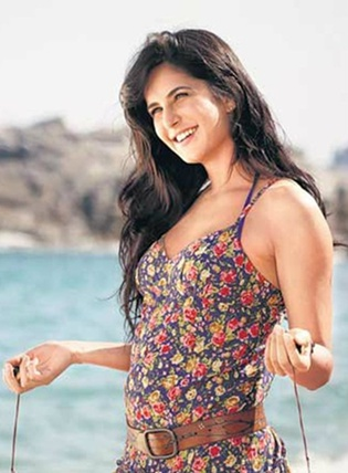 Katrina Kaif  - Katrina Kaif New Unseen Wallpapers