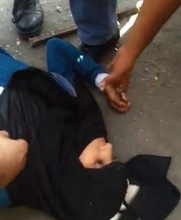 Gambar Wanita Berniqab Ditembak Penembak Tepat Tentera Mesir