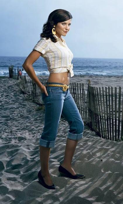 sophia bush in jeans : american , directorspokesperson hot images