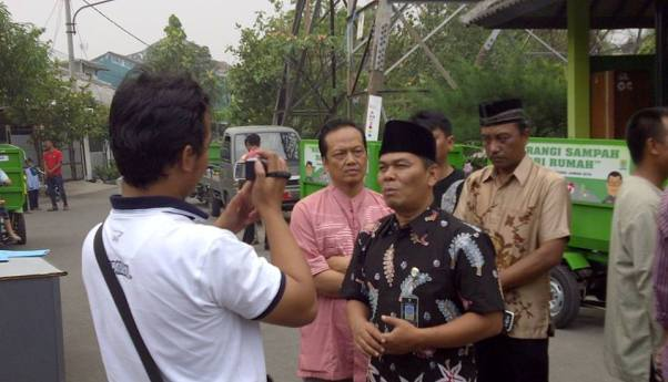Pemkot Bandung Serahkan 5 Triseda untuk Kel Rancanumpang