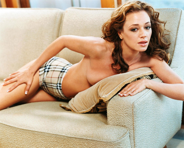 Celebrity Trending: American actress Leah Remini latest and hot photo gallery.....