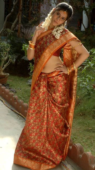 love life movie heroine kashmira pics7