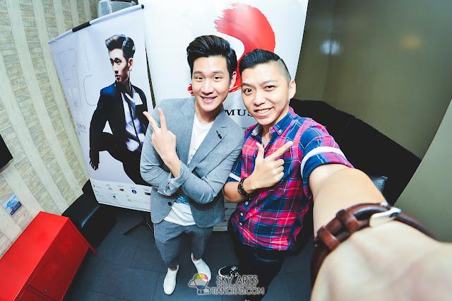 Eric Chou 周興哲 《學著愛》之馬來西亞行 #Eric周興哲 最後來個合照!!