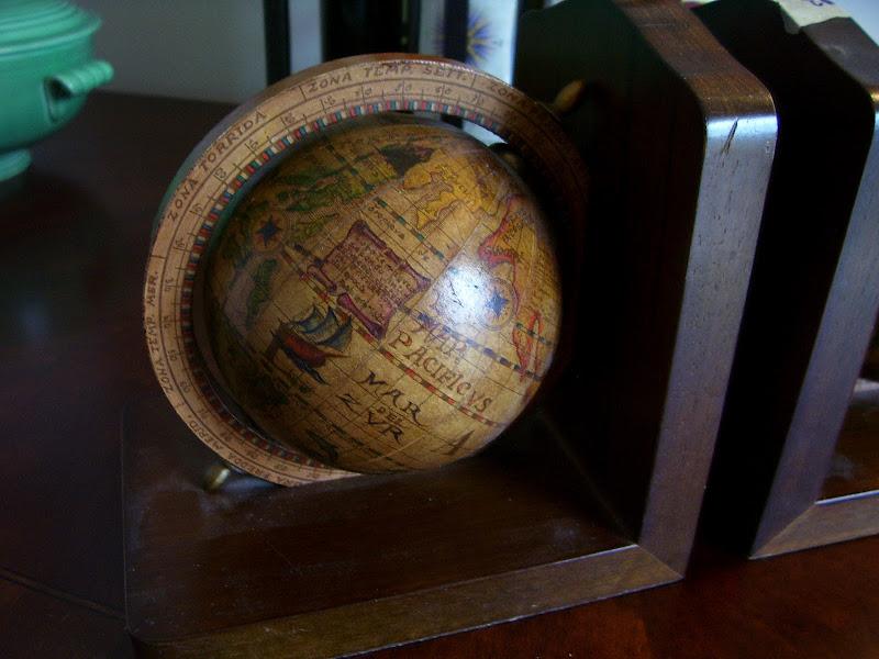 Vintage Olde World Globe Bookends title=