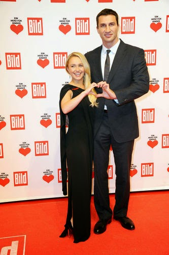 Wladimir Klitschko and his beloved Hayden Panettiere About 40 centimeters separates