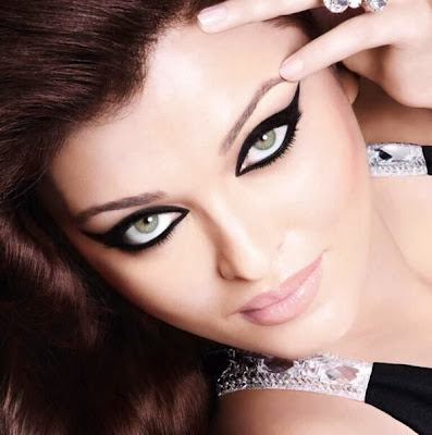 Aishwarya Rai Bachchan's latest print ad for L'Oreal Paris