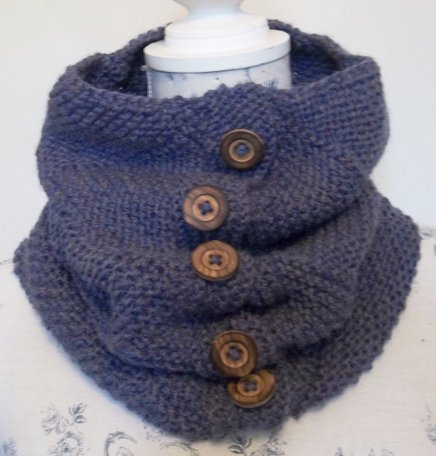 Knit Pattern Cowl Neck Warmer : The Design Studio: HAND KNITTING PATTERNS. ARAN. COWLS, HATS, SCARVES AND NEC...