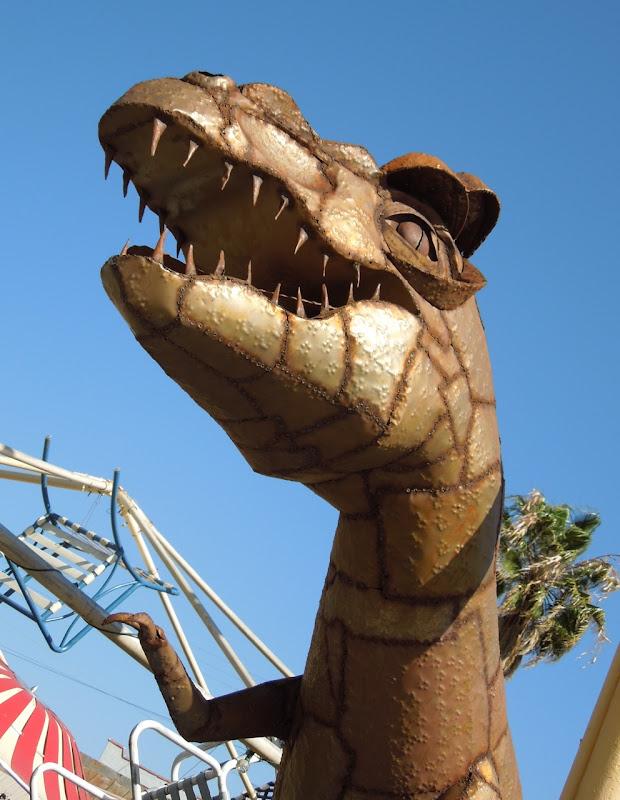 Dinosaur sculpture prop